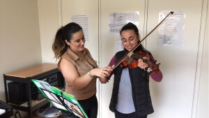 Violin teachers in Meadow Heights
